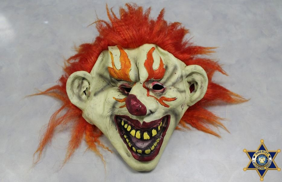 ACTUAL MASK WORN BY THE STUDENTS, ACCORDING TO THE SHERIFF