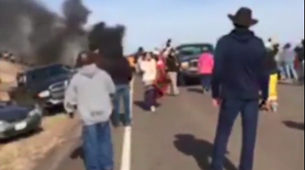 Mass arrest as North Dakota police, pipeline protesters clash