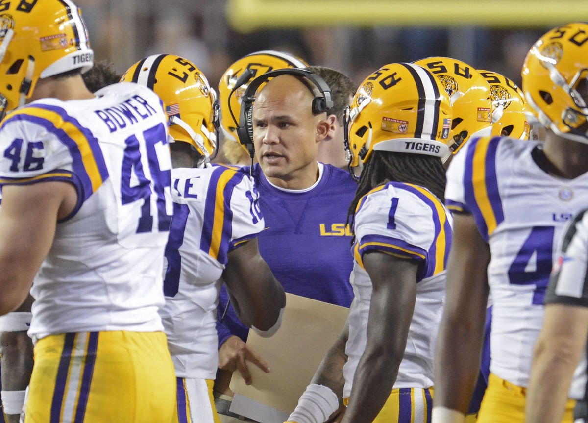 LSU defensive coordinator Dave Aranda (Photo Courtesy: Advocate Staff Photo)