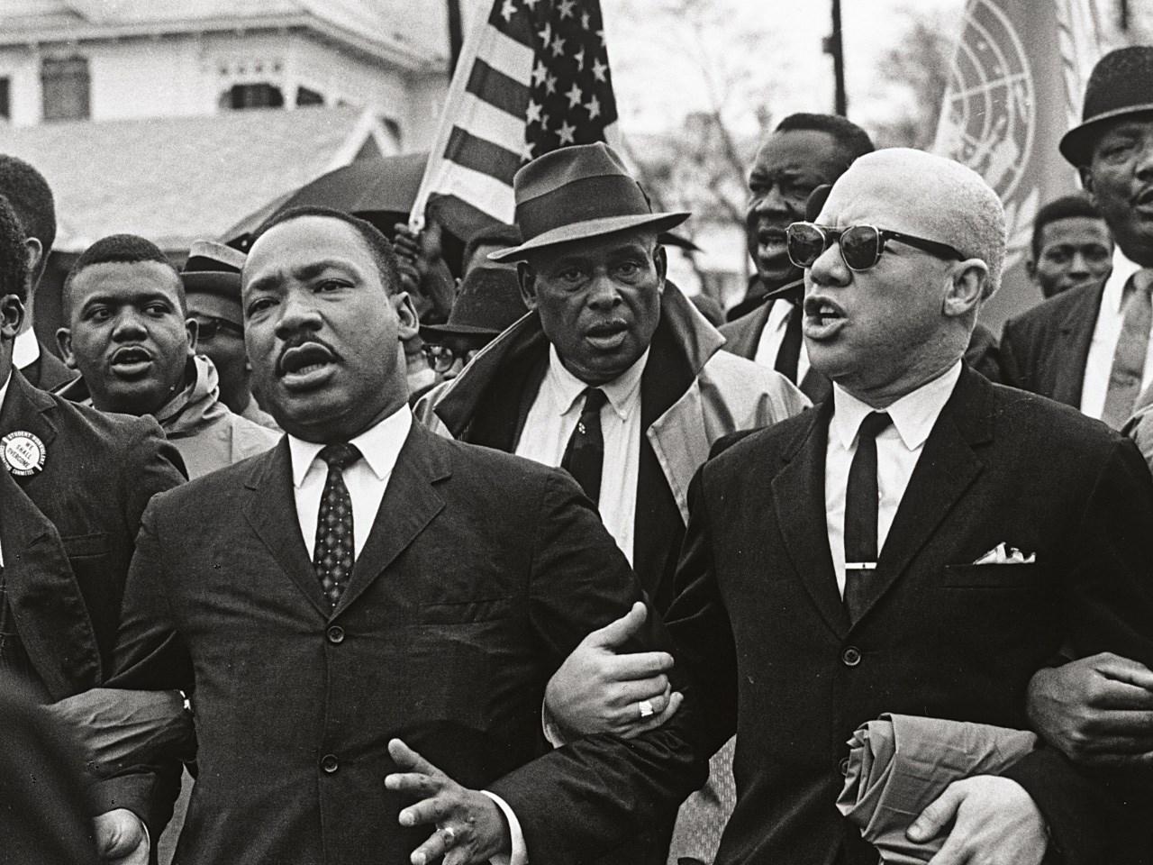 Martin Luther King, Jr. & John Lewis / Courtesy: MGN Online