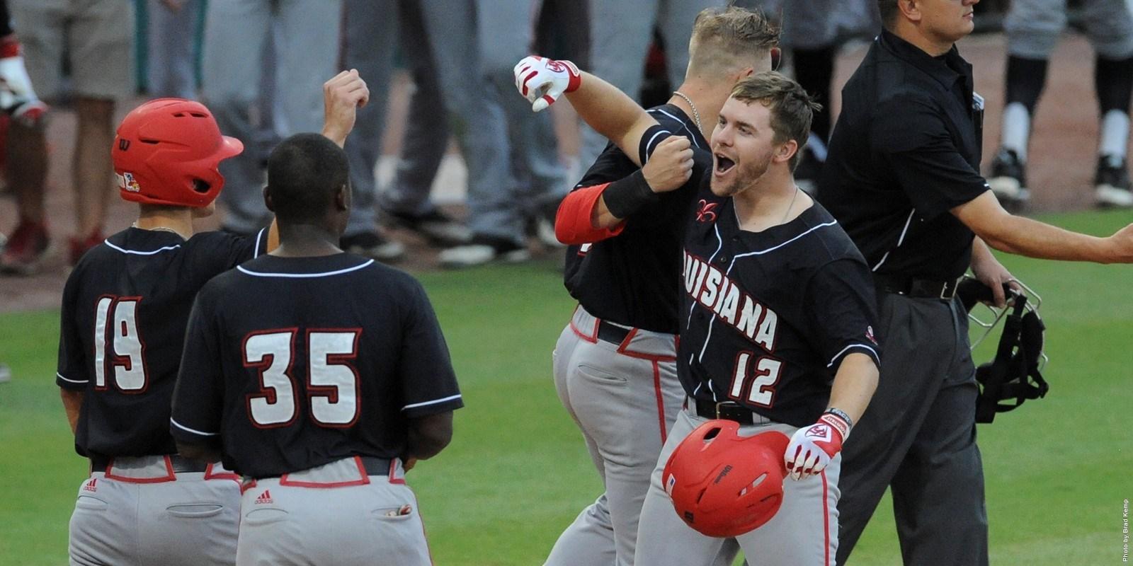 Longhorns baseball team falls to Louisiana in Sugar Land