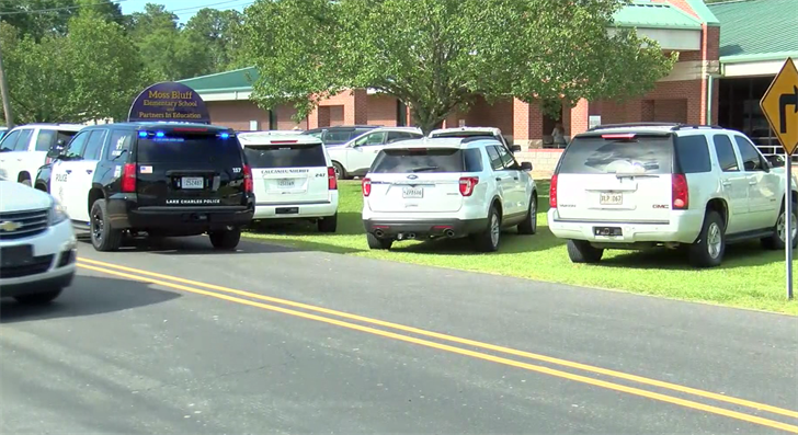 Student accidentally shot at Moss Bluff elementary / KPLCTV