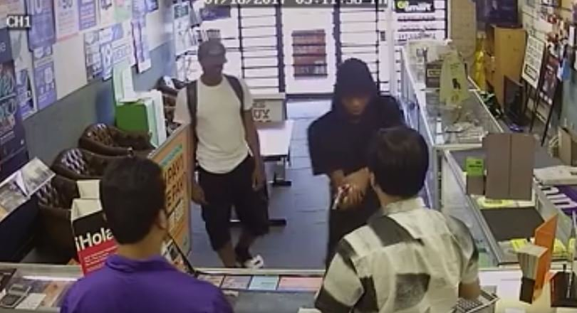 Texas Store Owners Fight Off Two Armed Robbers