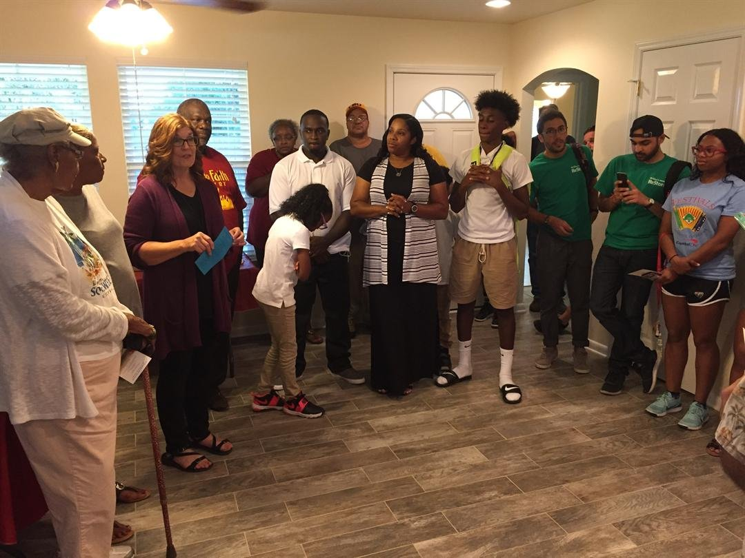 Habitat for Humanity hosts home dedication for family