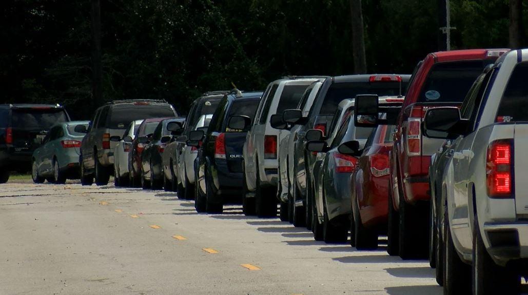 Prairie Elementary car rider line