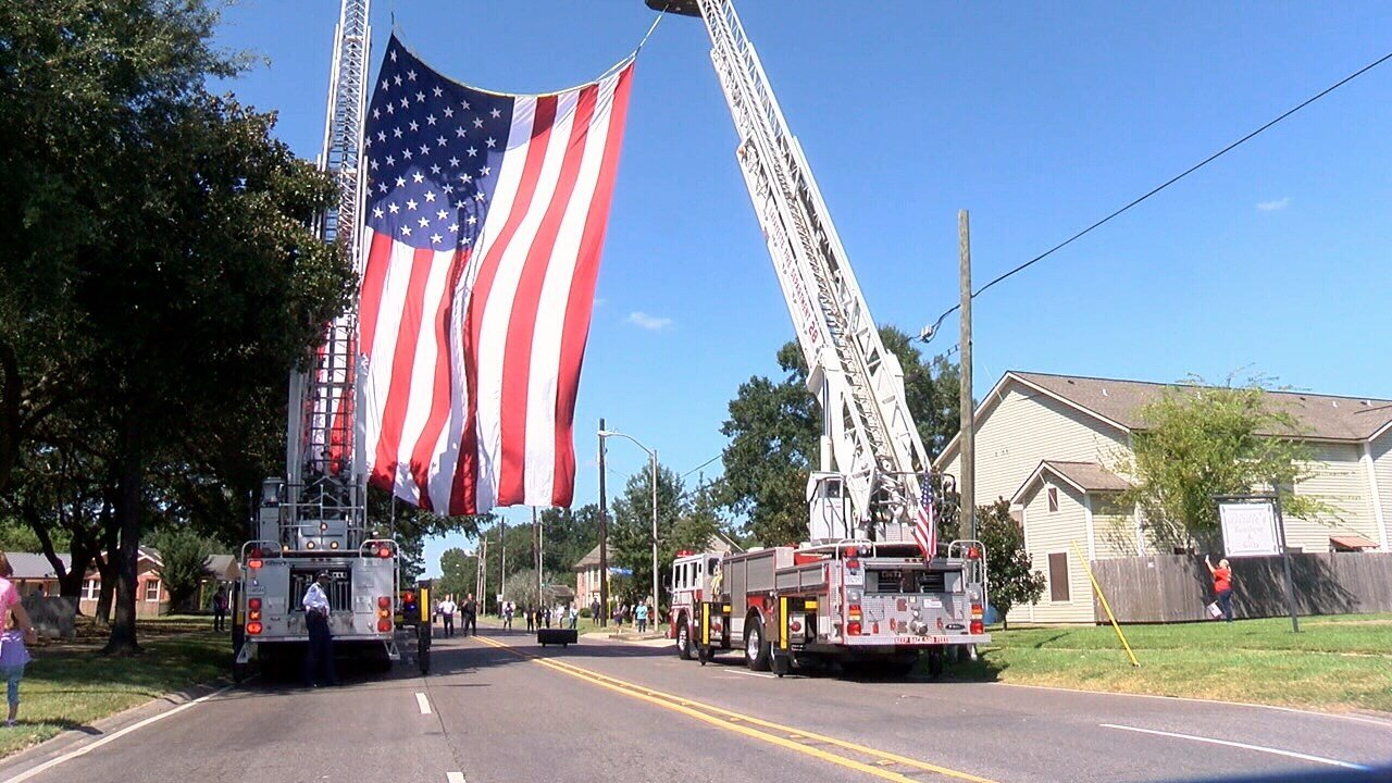 Hundreds gathered in Lafayette on Friday to honor the life of Corporal Michael Middlebrook.