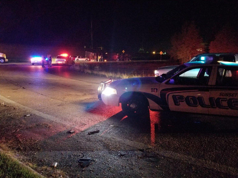 Overturned 18-wheeler blocking traffic on I-49 S at Grand Coteau