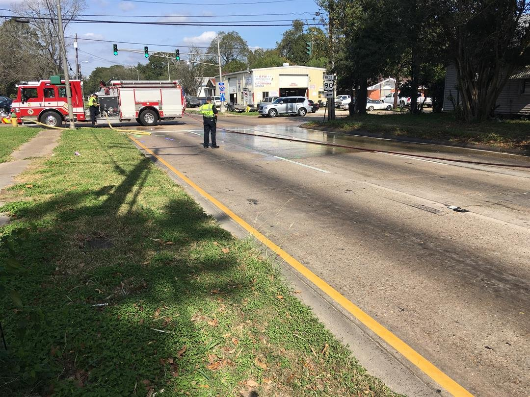 18 Wheeler Pedestrian crash, corner of Mudd Ave. & Evangeline Thruway
