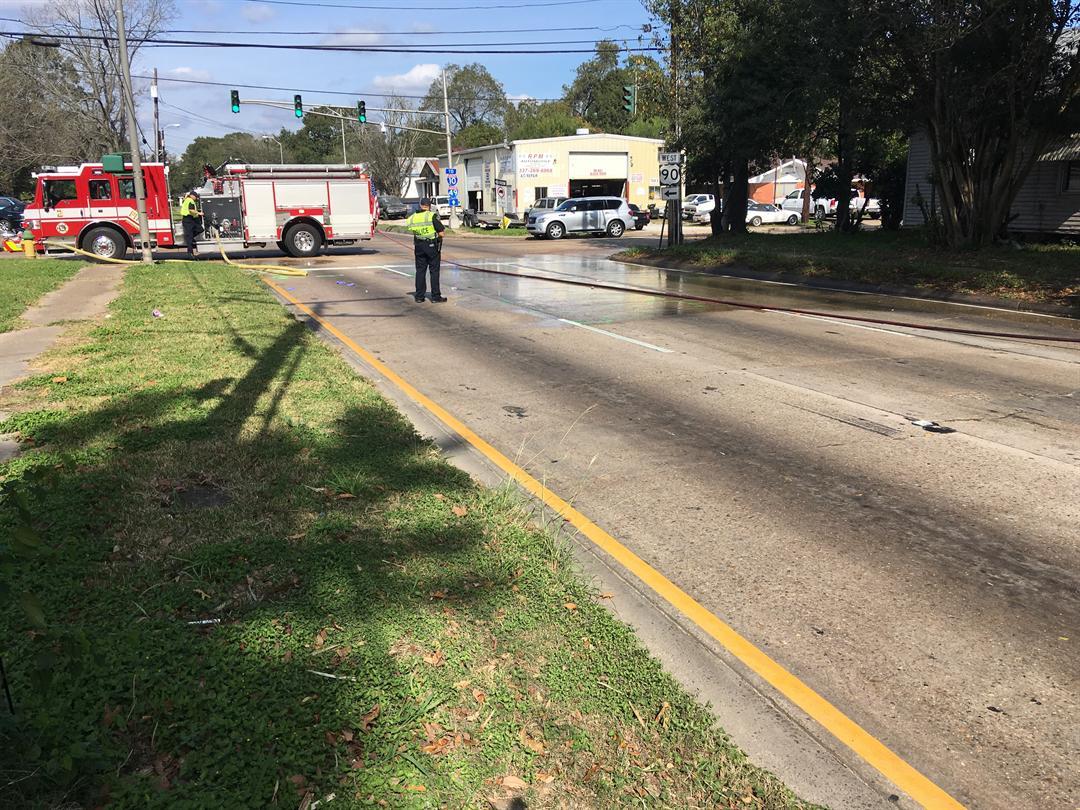 18 Wheeler Pedestrian crash, corner of Mudd Ave. & Evangeline Thruway