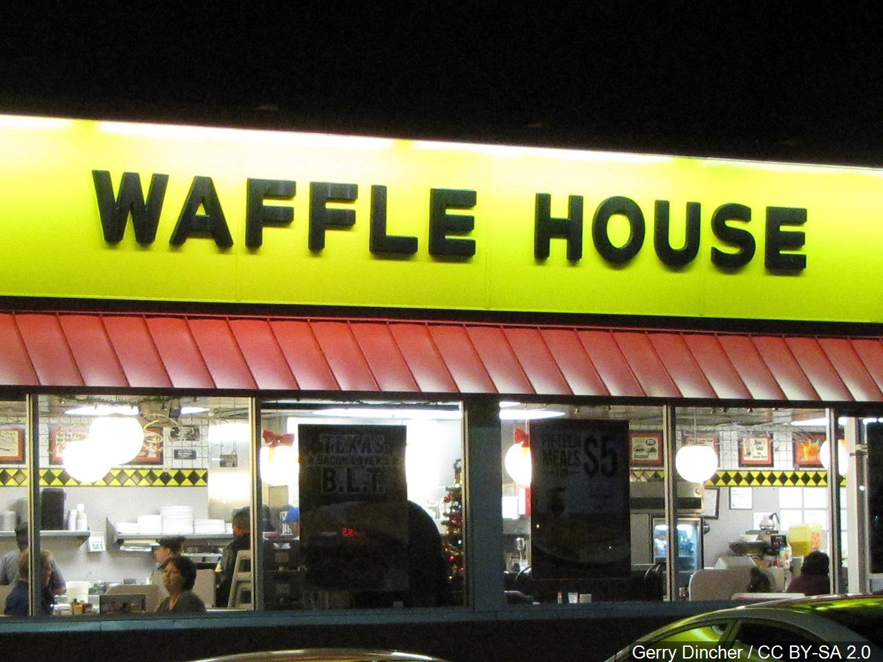 SC man cooks own meal at Waffle House while employee sleeps
