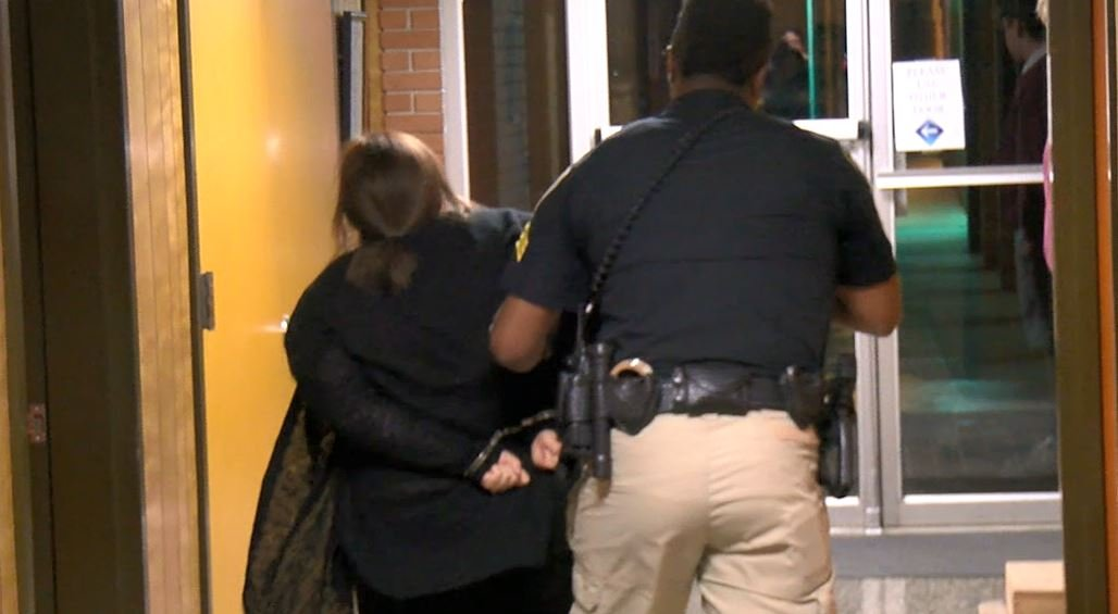 Teacher questioning superintendent's pay removed from board meeting in handcuffs