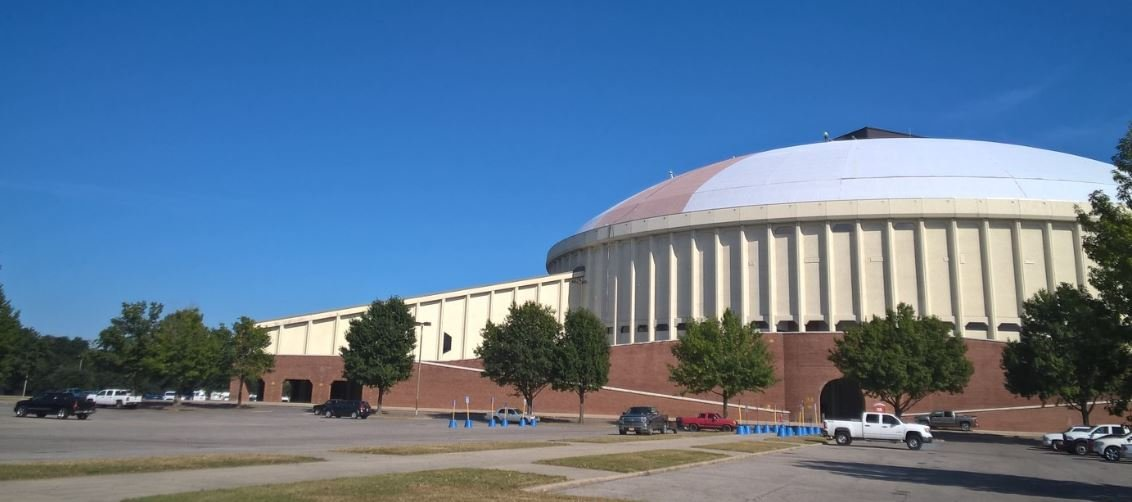 Cajundome Roof Turns White As Crews Begin Repainting