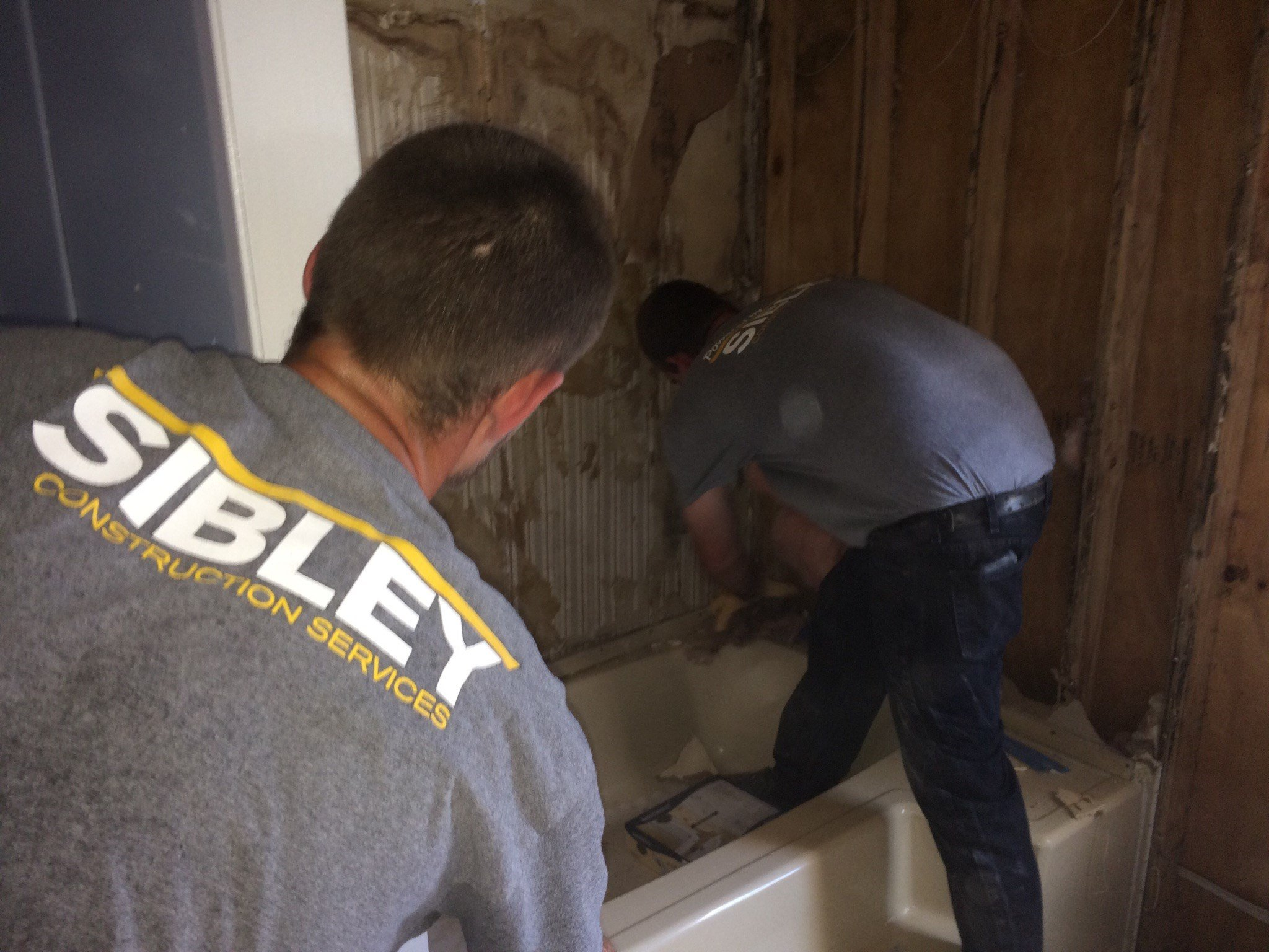 Sibley Construction Helping Rebuild New Iberia Family Home / KATC