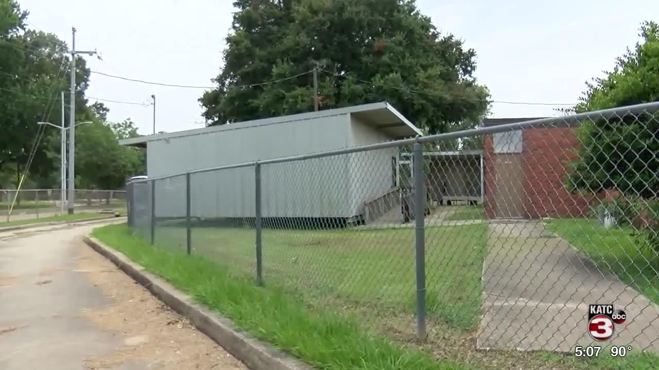 LPSS Moving Portable Buildings Around The Parish