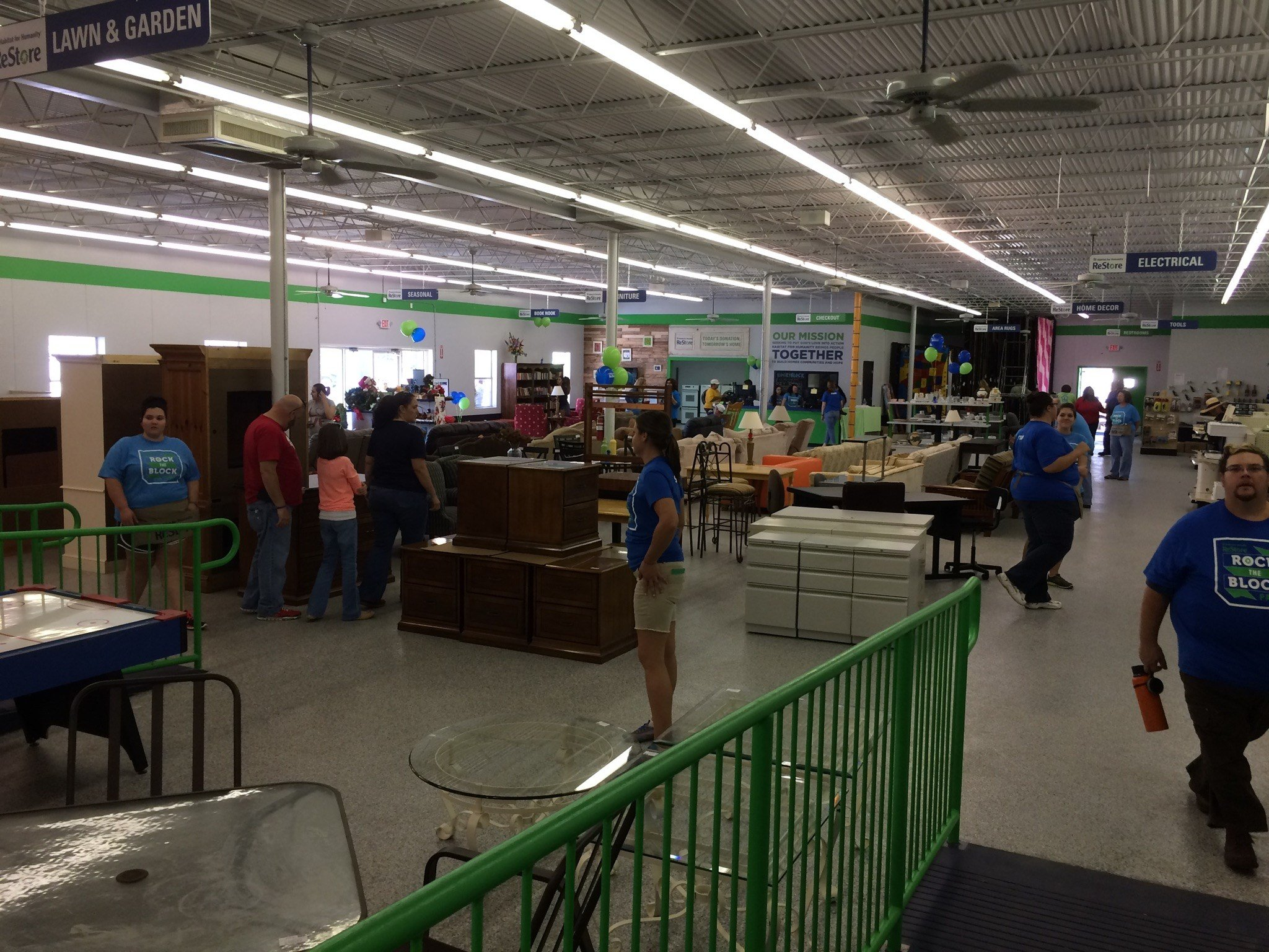 Lafayette s Habitat for Humanity ReStore donation drive